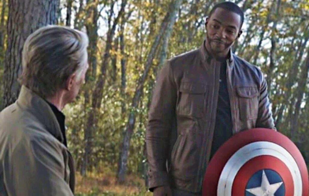Alasan Falcon Jadi Captain America